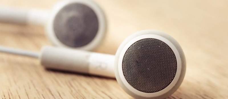 Si tienes unos auriculares bluetooth o de cable este kit de limpieza es una compra a considerar